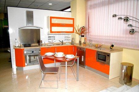 Сочетание цветов оранжевый в интерьере кухни